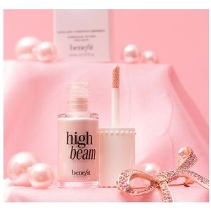 Benefit High Beam Satiny Pink Highlighter